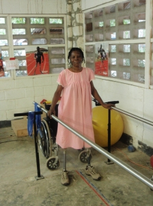 Haiti earthquake survivor learns to walk again