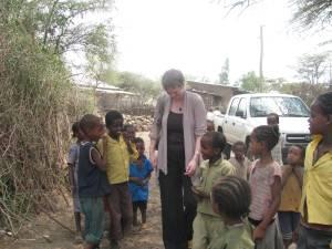 Photo of children with Sarah Bouchie