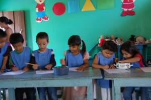 children making crafts