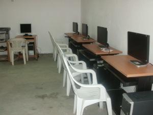 computer stationos