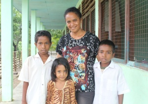 Timor-Leste mother and children