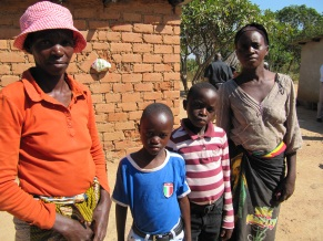 Zambian children with mothers